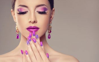 http://www.listenyourbeauty.com/look-trendy-with-innovative-makeup/