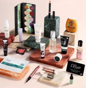 Look alluring with unrivalled makeup products